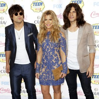 The Band Perry in Teen Choice Awards 2014 - Arrivals