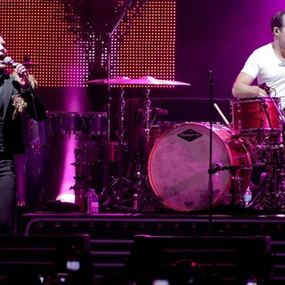 Brandon Flowers in The Killers Performing at The American Airlines Arena - the-killers-performing-07