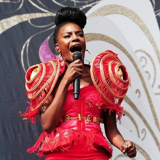 The Noisettes in V Festival - Day Two