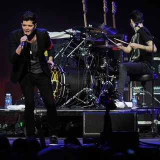 Danny O'Donoghue, The Script in The Y100 Jingle Ball 2011
