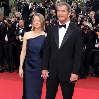 Mel Gibson, Jodie Foster in 2011 Cannes International Film Festival - Day 7 - The Beaver Premiere