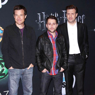 Jason Bateman, Charlie Day, Jason Sudeikis in Warner Brothers Pictures Presents 'The Big Picture 2011' Event - Arrivals
