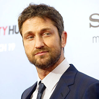 Gerard Butler in Premiere of 'The Bounty Hunter' - Arrivals