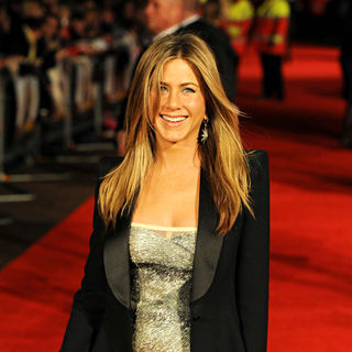 Jennifer Aniston in The Bounty Hunter - UK Film Premiere - Arrivals