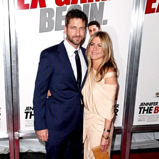 Gerard Butler, Jennifer Aniston in Premiere of 'The Bounty Hunter' - Arrivals