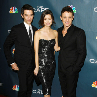 "James Frain, Summer Glau, David Lyons in Premiere Party for ""The Cape"""