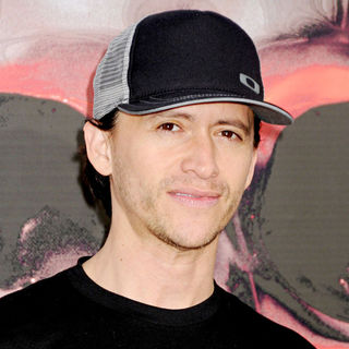 Clifton Collins Jr. in Los Angeles Premiere of 'The Expendables'