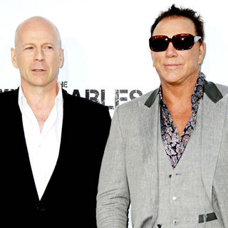 Bruce Willis, Mickey Rourke in Los Angeles Premiere of 'The Expendables'
