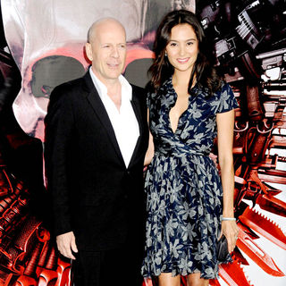 Bruce Willis, Emma Heming in Los Angeles Premiere of 'The Expendables'