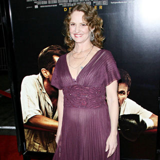 "Melissa Leo in Los Angeles Premiere of ""The Fighter"""
