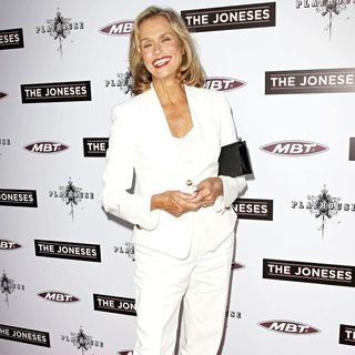Los Angeles Premiere of 'The Joneses' - the_joneses_006_wenn5457456