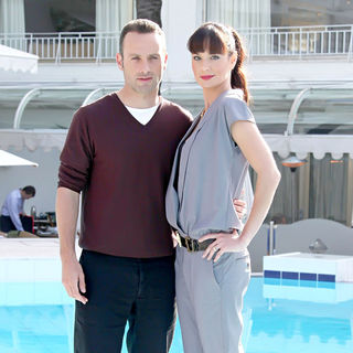 Andrew Lincoln, Sarah Wayne Callies in 2010 MIPCOM - 'The Walking Dead' - Photocall