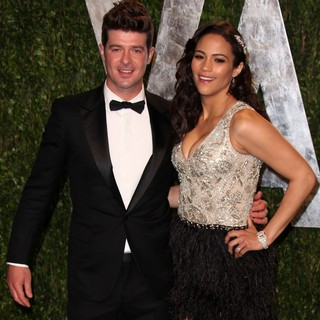Robin Thicke, Paula Patton in 2012 Vanity Fair Oscar Party - Arrivals