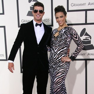 Robin Thicke, Paula Patton in The 56th Annual GRAMMY Awards - Arrivals