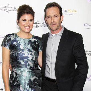Tiffani-Amber Thiessen, Luke Perry in Hallmark Channel's Northpole Screening Reception