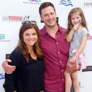 Tiffani-Amber Thiessen, Brady Smith, Harper Renn Smith in 6th Annual Family Fair - Arrivals