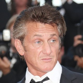 Sean Penn in 2011 Cannes International Film Festival - Day 10 - This Must Be the Place - Premiere