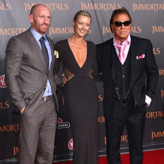 Gareth Thomas, Anastassija Makarenko, Mickey Rourke in Immortals 3D Los Angeles Premiere