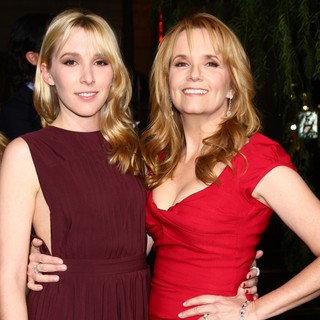 Madelyn Deutch, Lea Thompson in Beautiful Creatures Los Angeles Premiere