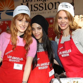 Bella Thorne, Bianca Lawson, Maitland Ward in Children Foundation for Christmas Celebration