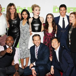 Bella Thorne, Chris Wylde, Romany Malco, Allison Janney, Bianca A. Santos, Skyler Samuels, Ari Sandel, Mae Whitman, Ken Jeong, Robbie Amell, Nick Eversman in Los Angeles Fan Screening of The DUFF - Red Carpet Arrivals