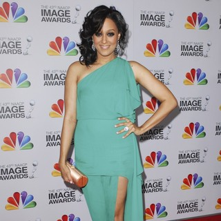 Tia Mowry in The 43rd Annual NAACP Awards - Arrivals