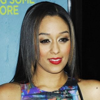 Tia Mowry in Premiere of That Awkward Moment