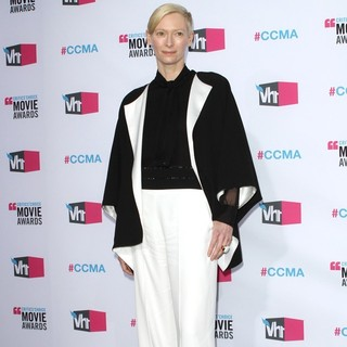 Tilda Swinton in 17th Annual Critic's Choice Movie Awards - Arrivals