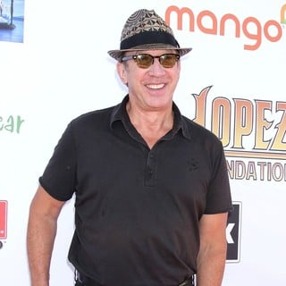 Tim Allen in The 5th Annual George Lopez Celebrity Golf Classic - Arrivals