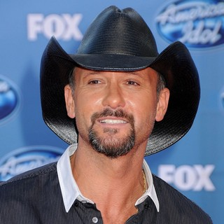 Tim McGraw in The 2011 American Idol Finale