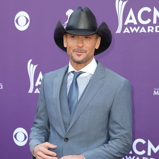 Tim McGraw in 48th Annual ACM Awards - Arrivals
