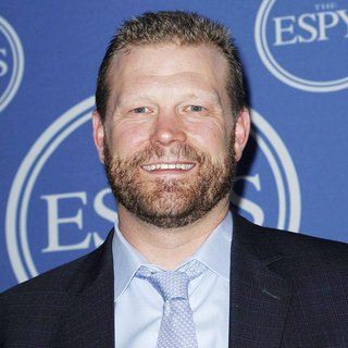 Tim Thomas in The 2011 ESPY Awards - Press Room
