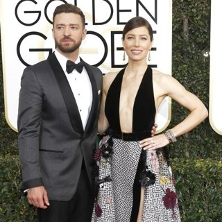 Justin Timberlake, Jessica Biel in 74th Golden Globe Awards - Arrivals