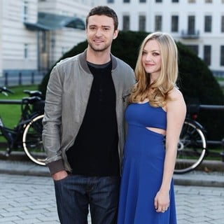 Justin Timberlake, Amanda Seyfried in A Photocall to Promote The Movie In Time