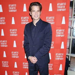 Timothy Olyphant in 2016 Atlantic Theater Company Actor's Choice Gala - Arrivals