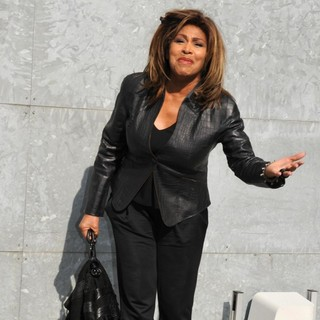 Tina Turner in Milan Fashion Week A-W 2011 - Armani - Outside Arrivals