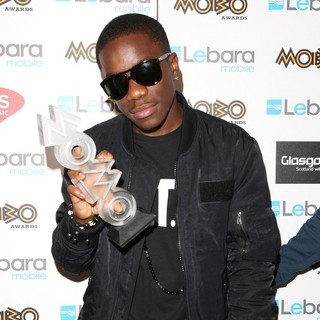 Tinchy Stryder in The MOBO Awards 2011 - Press Room - tinchy-stryder-mobo-awards-2011-press-room-03