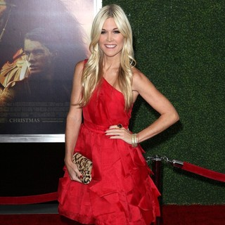 Tinsley Mortimer in The World Premiere of War Horse