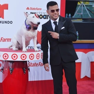 Tito El Bambino in 2013 Billboard Latin Music Awards - Arrivals