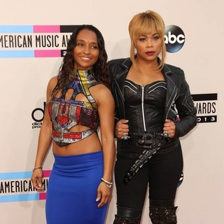 TLC in 2013 American Music Awards - Arrivals