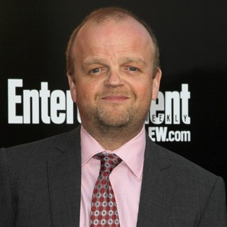 Toby Jones in Los Angeles Premiere of The Hunger Games - Arrivals - toby-jones-premiere-the-hunger-games-02