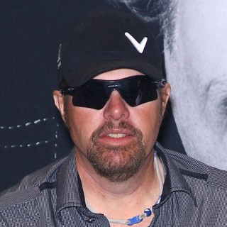 Toby Keith in The Ribbon Cutting Ceremony for The 27th Annual Nightclub and Bar Convention and Trade Show - toby-keith-ribbon-cutting-ceremony-the-27th-annual-nightclub-01