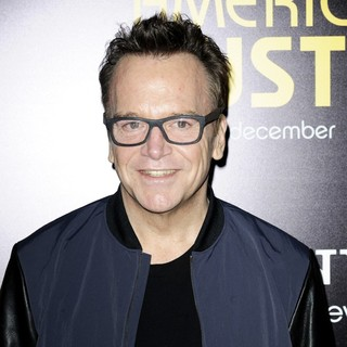 Tom Arnold in Film Premiere American Hustle