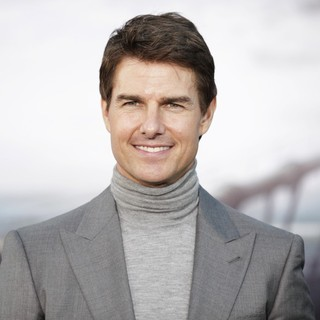 Tom Cruise in Los Angeles Premiere of Oblivion - tom-cruise-premiere-oblivion-03