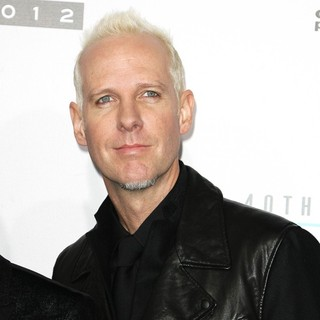 Tom Dumont, No Doubt in The 40th Anniversary American Music Awards - Arrivals