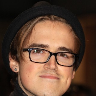 The Twilight Saga's Breaking Dawn Part I UK Film Premiere - Arrivals - tom-fletcher-uk-premiere-breaking-dawn-1-01