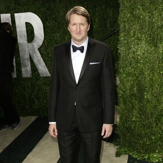 Tom Hooper in 2013 Vanity Fair Oscar Party - Arrivals