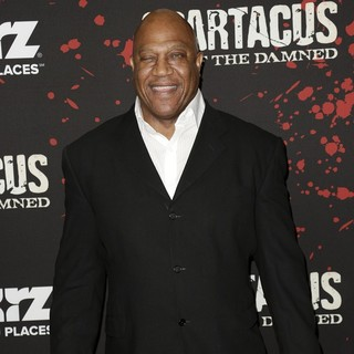 Tom Lister Jr. in U.S. Premiere Screening of Spartacus: War of the Damned