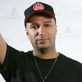 Tom Morello, Rage Against the Machine in Celebration of Pete Seeger's 90th Birthday