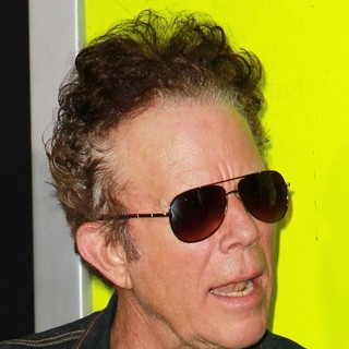Tom Waits in Seven Psychopaths Los Angeles Premiere - Arrivals - tom-waits-premiere-seven-psychopaths-01
